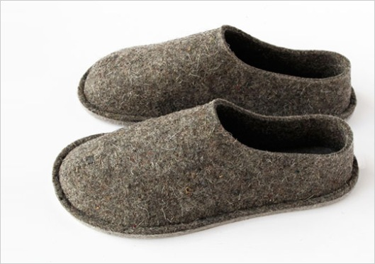 top-felt-house-shoes-1